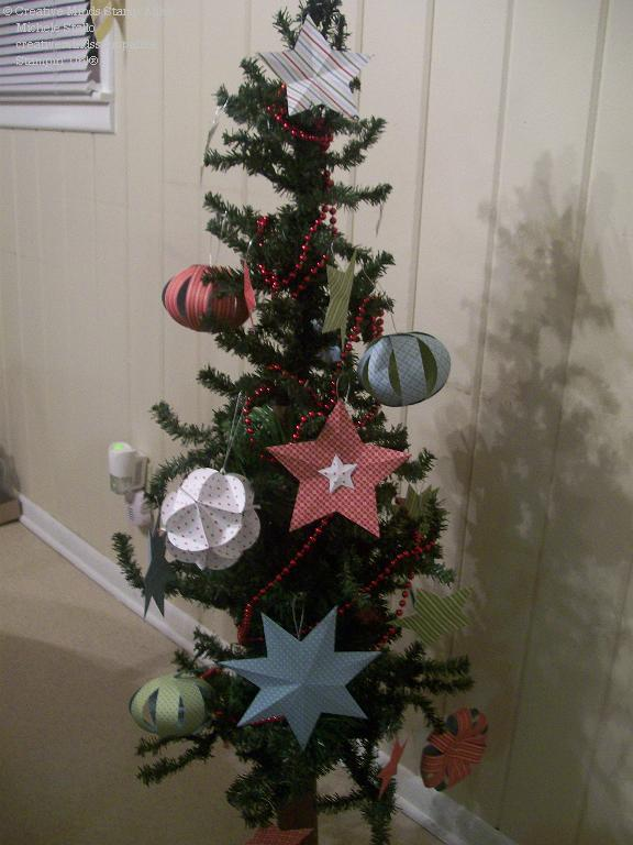 Michele's Paper Ornament Tree